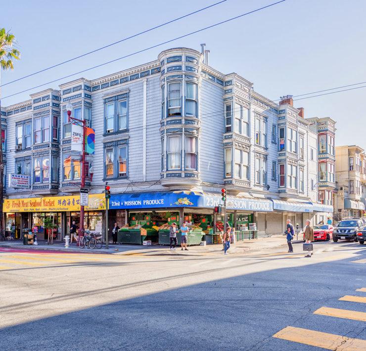 Typische huizen in de wijk Mission in San Francisco