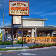 De eerste Hooters vestiging in Clearwater, Florida