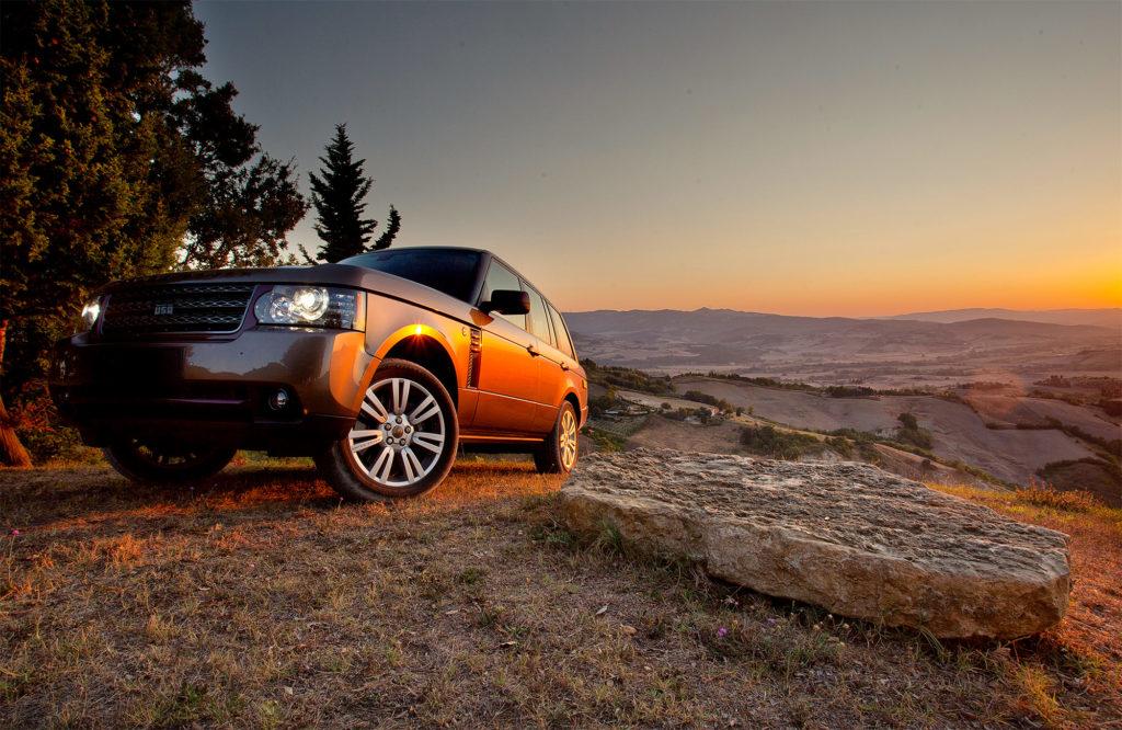 Met een 4x4 Range Rover off-road rijden in Amerika